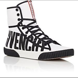 High top canvas Givenchy sneakers